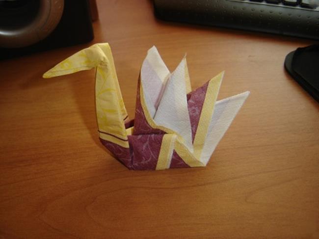 Как сделать лебедя оригами из бумаги модулей покрышки яблока шины салфетки пластилина