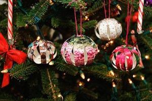 Как сделать новогодние игрушки своими руками из фетра выкройки крючком своими руками фото 2015
