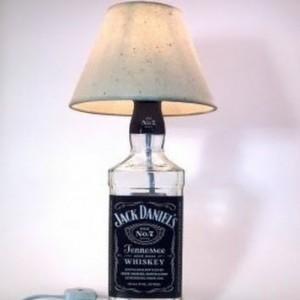 как самому сделать настольную лампу из бутылки алкоголя