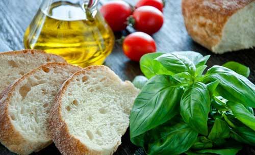 Оливковое масло с хлебом