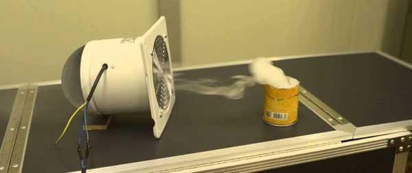 вентилятор в ванную комнату в работе