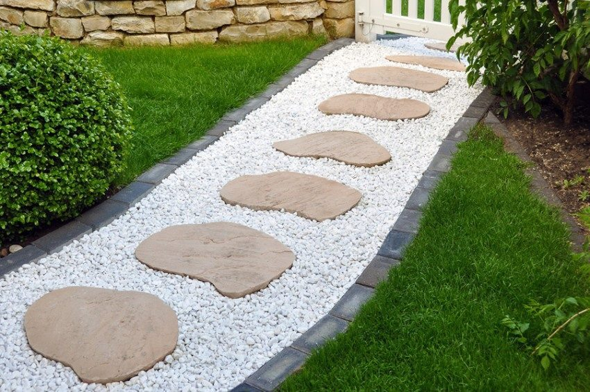 Садовые дорожки из камня