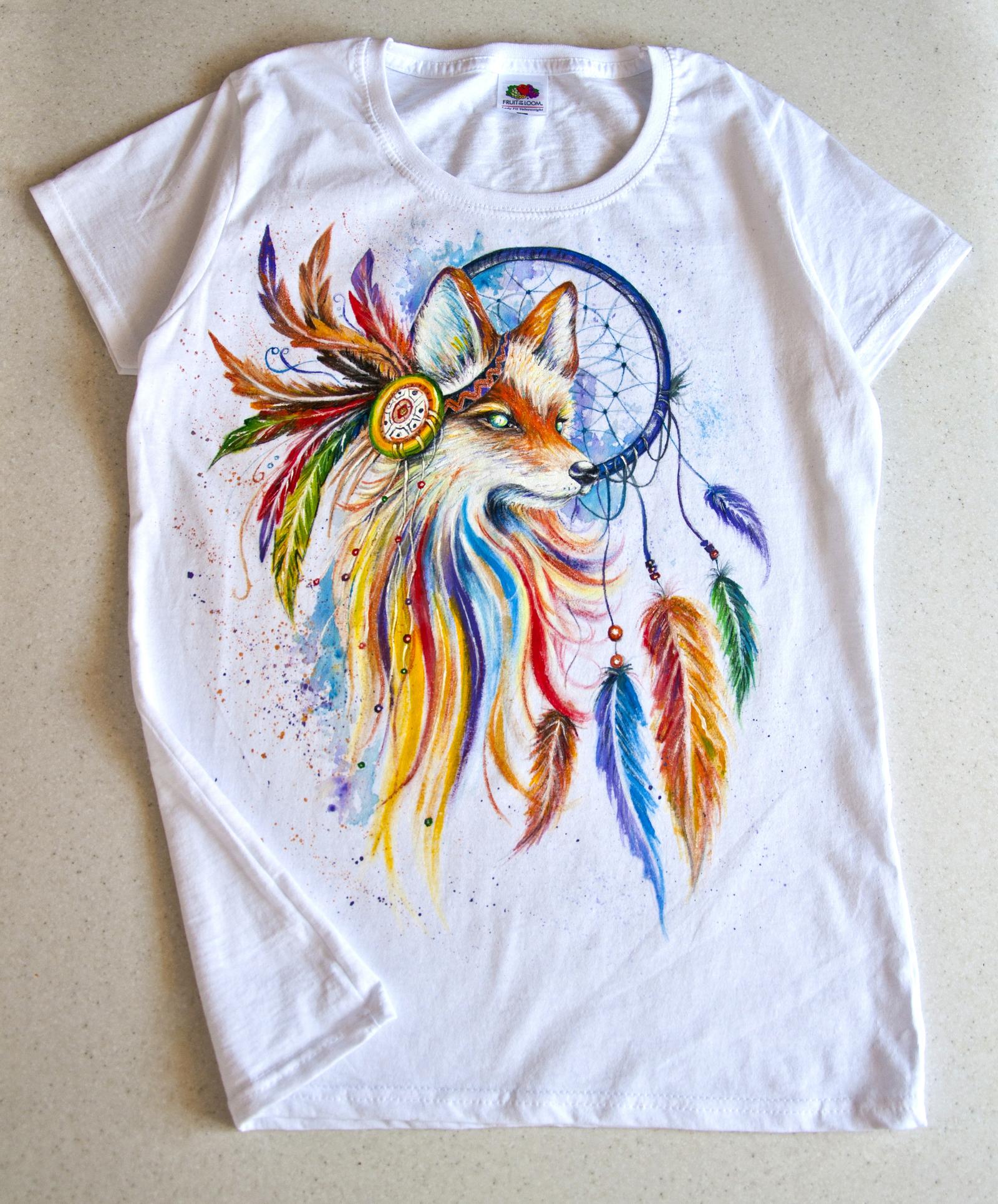 Как раскрасить акрилом футболку